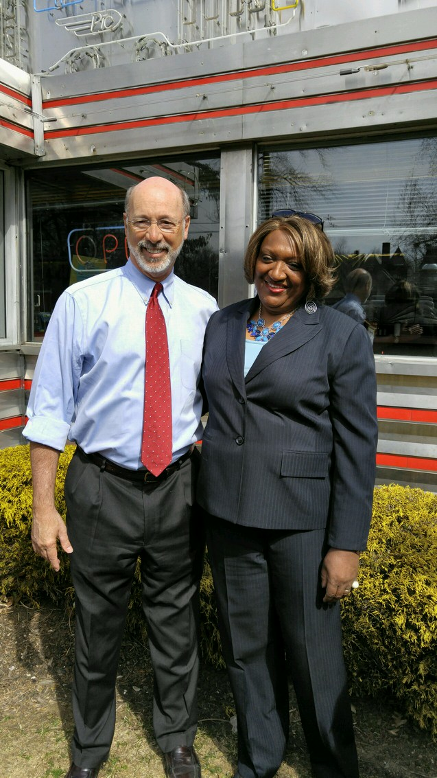 izzy picture with gov wolf